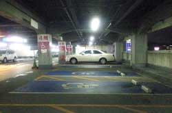 モール仙台長町店4階身障者用駐車場