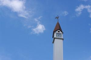 団地の時計台
